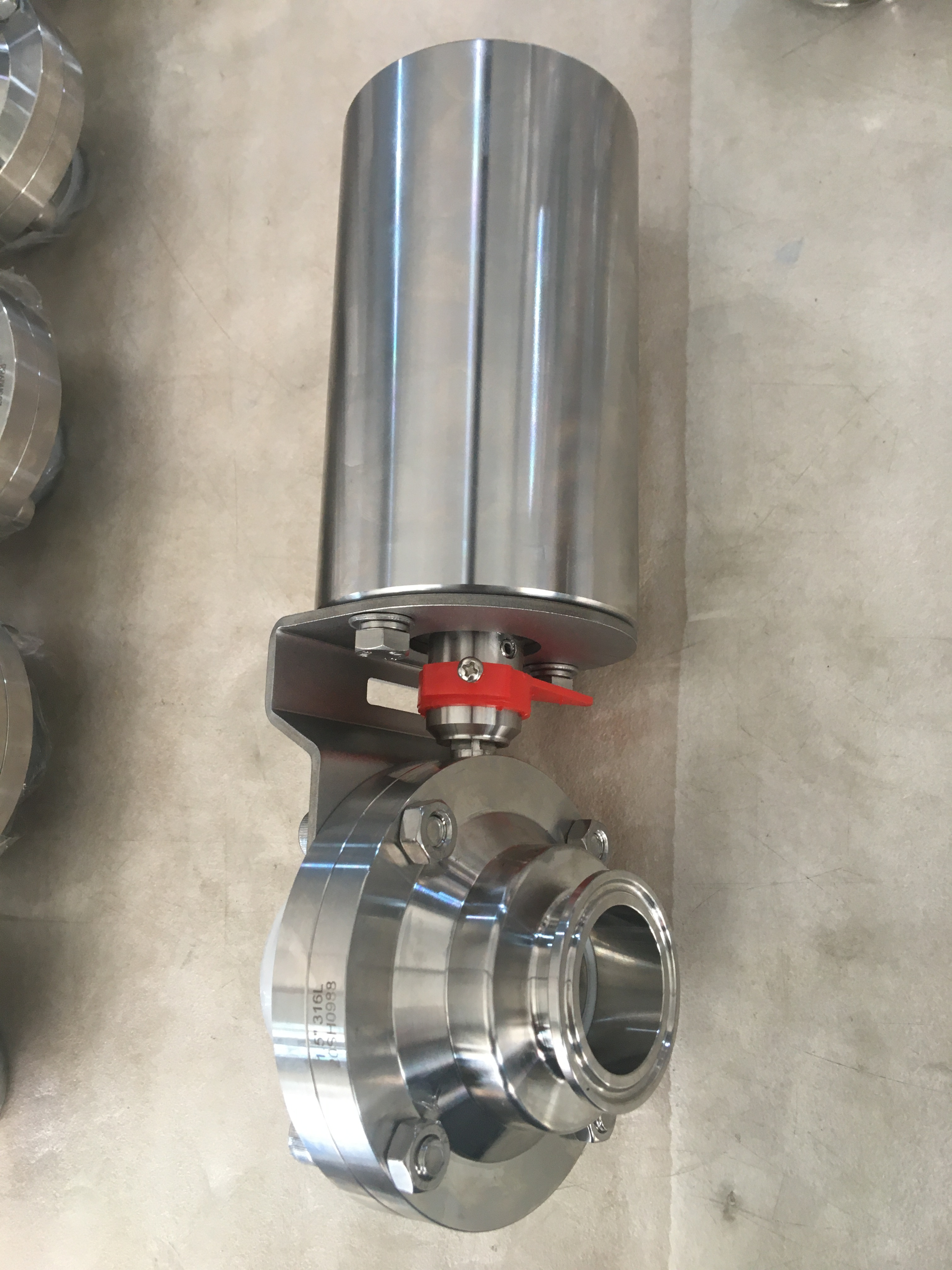 butterfly type ball valve 02